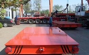 KPT电动平车正在装车中,即将发往湖北武汉